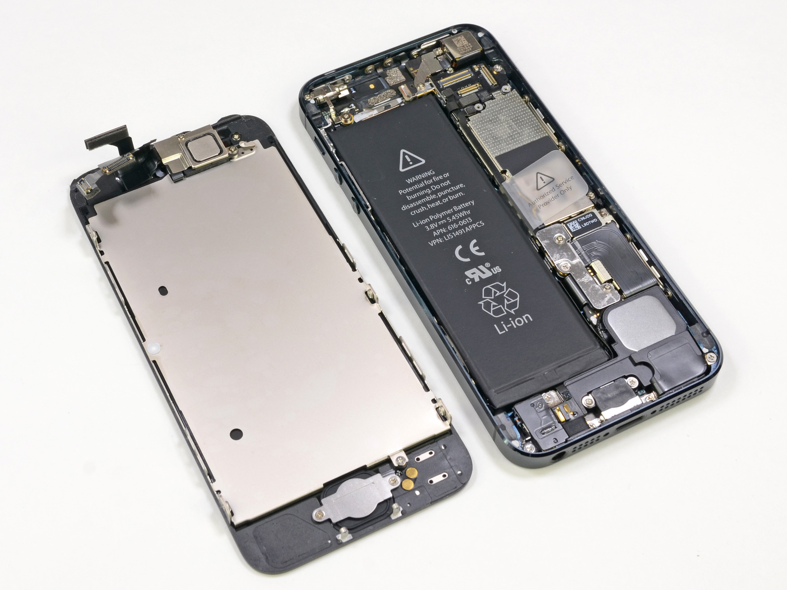 iPhone-5-teardown-iFixIt-001